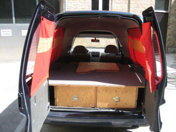 hochdachkombi als surfer bus. Black Bedroom Furniture Sets. Home Design Ideas