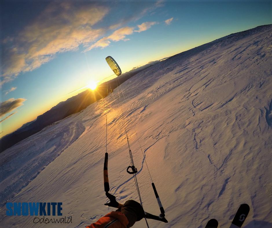 flysurferkiteboarding_peak_4_snowkiteodenwald_s_dtirol_rittner_horn_sundown1
